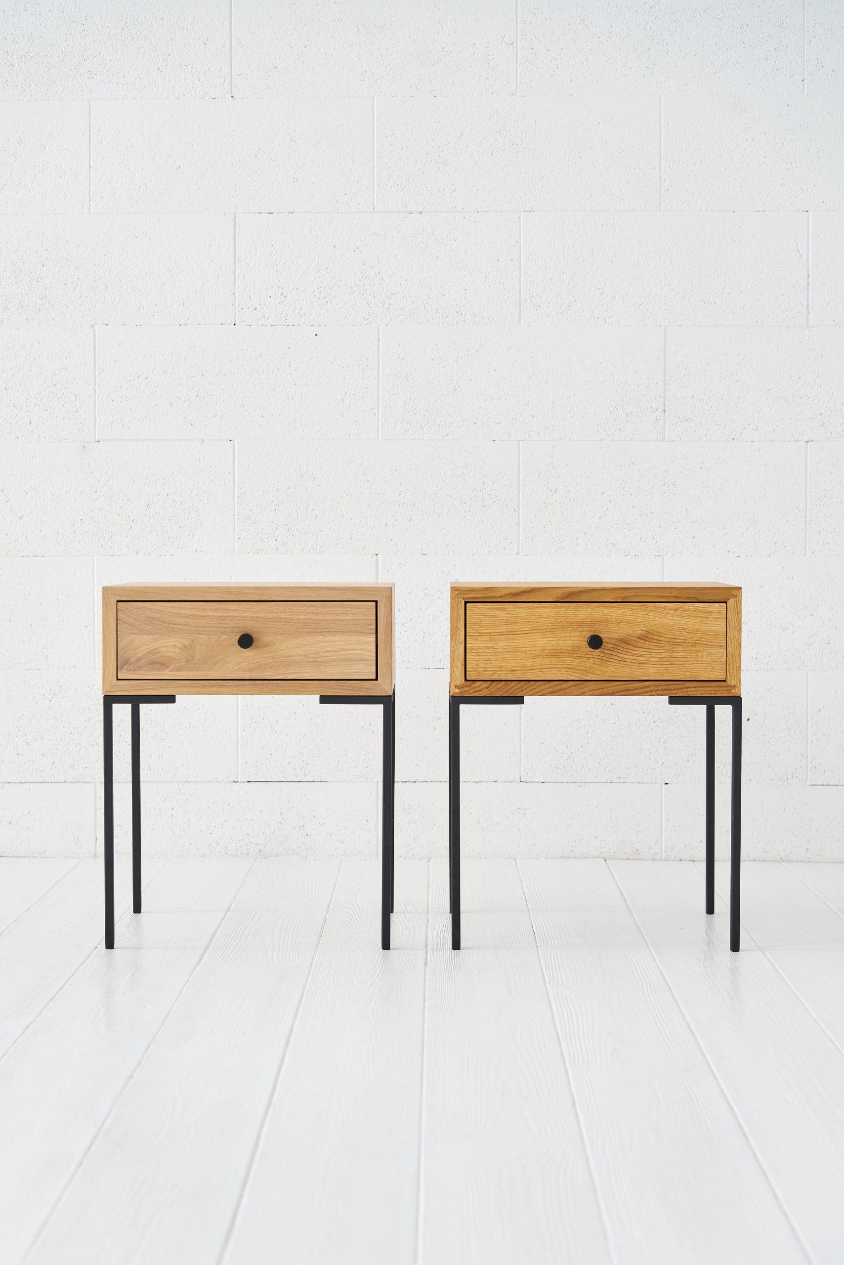 UNO lovos staliukas