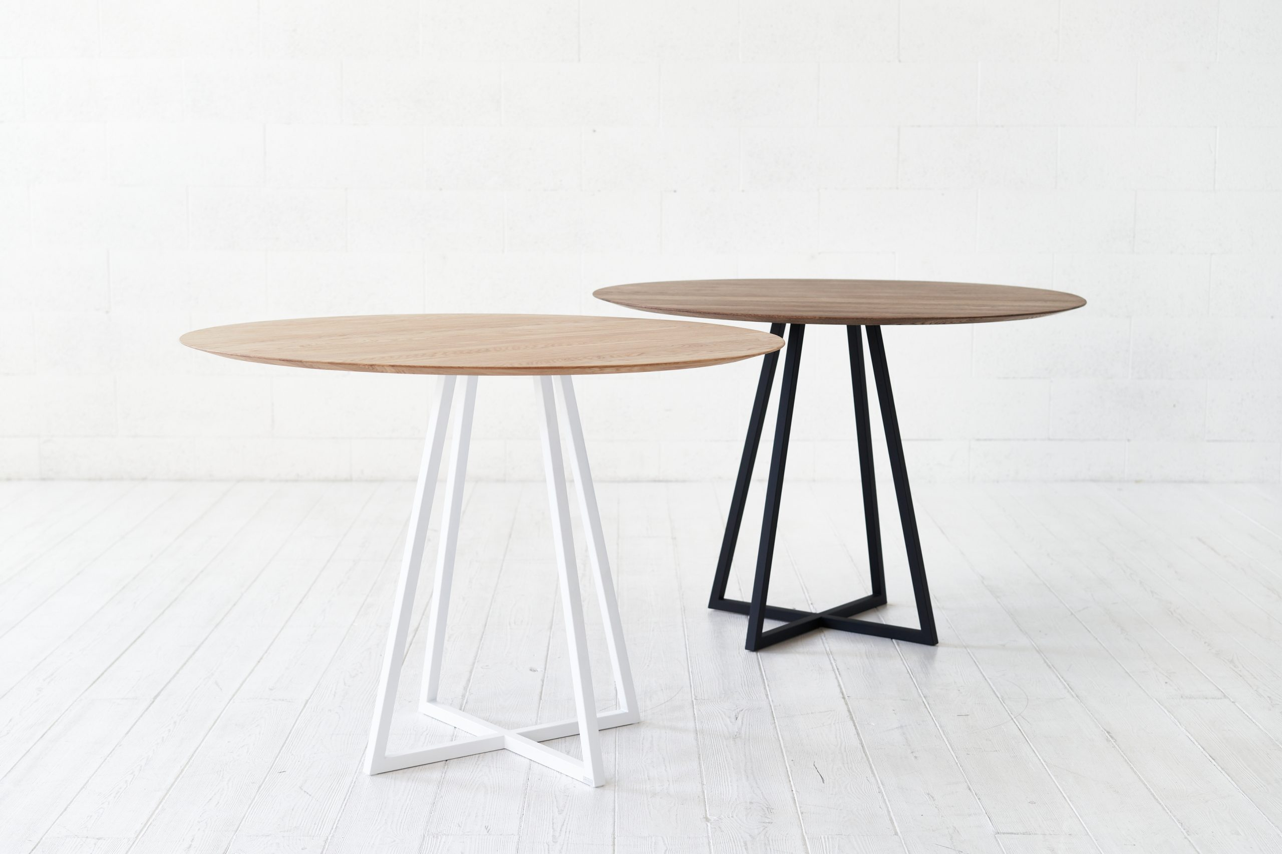 DAY pietų stalas