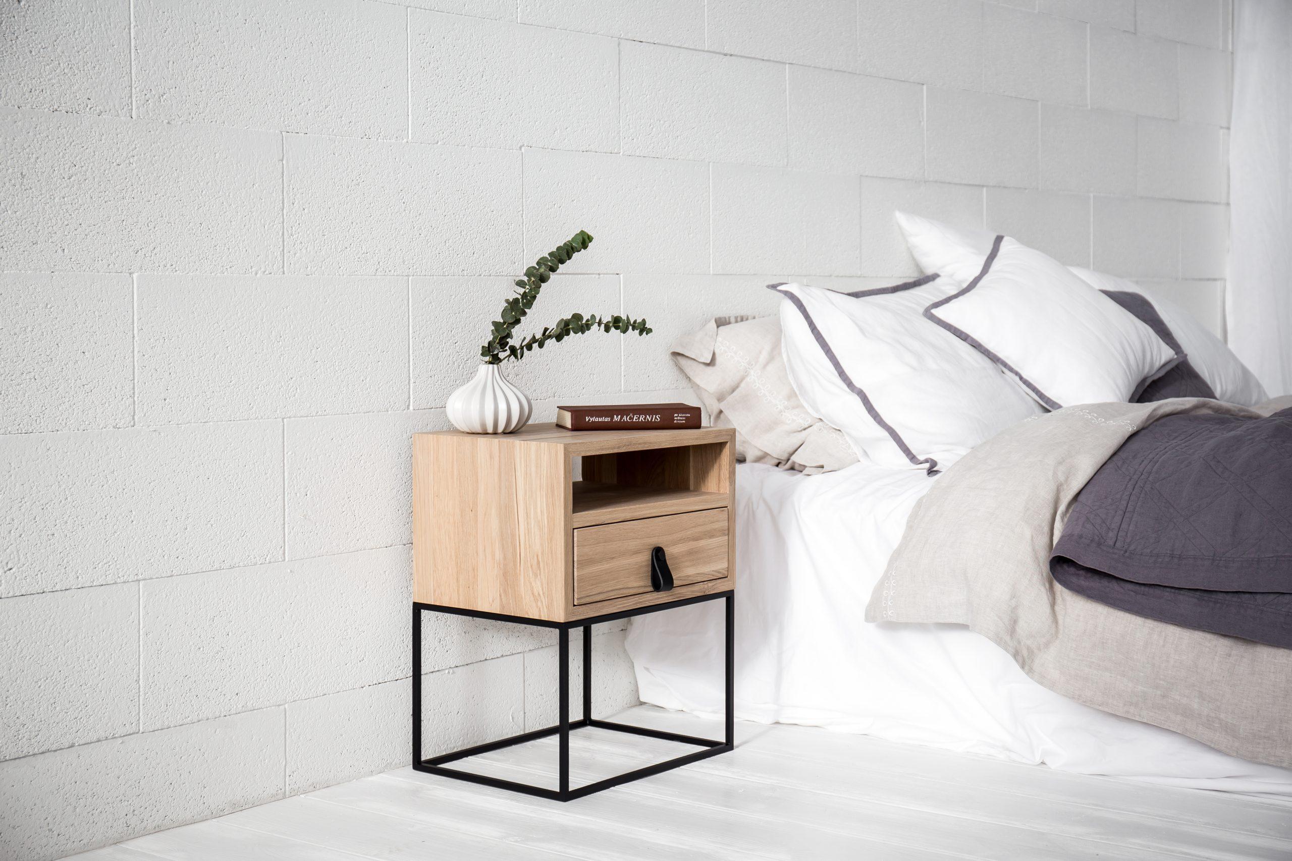 TREE THERAPY lovos spintelė