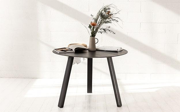 Modernūs stalai