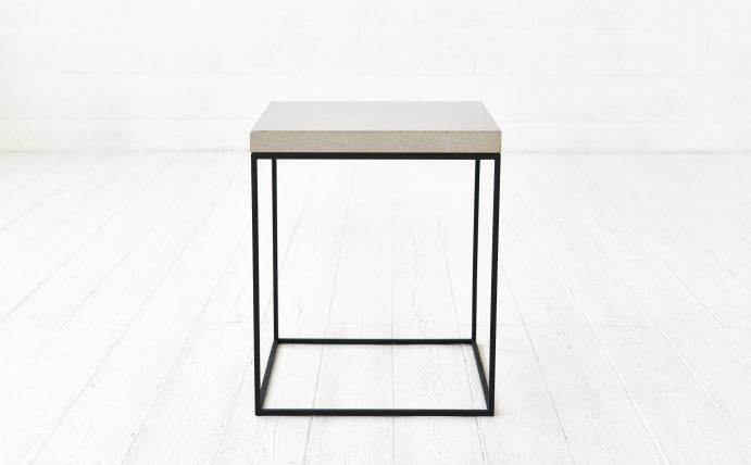 W-concrete staliukas