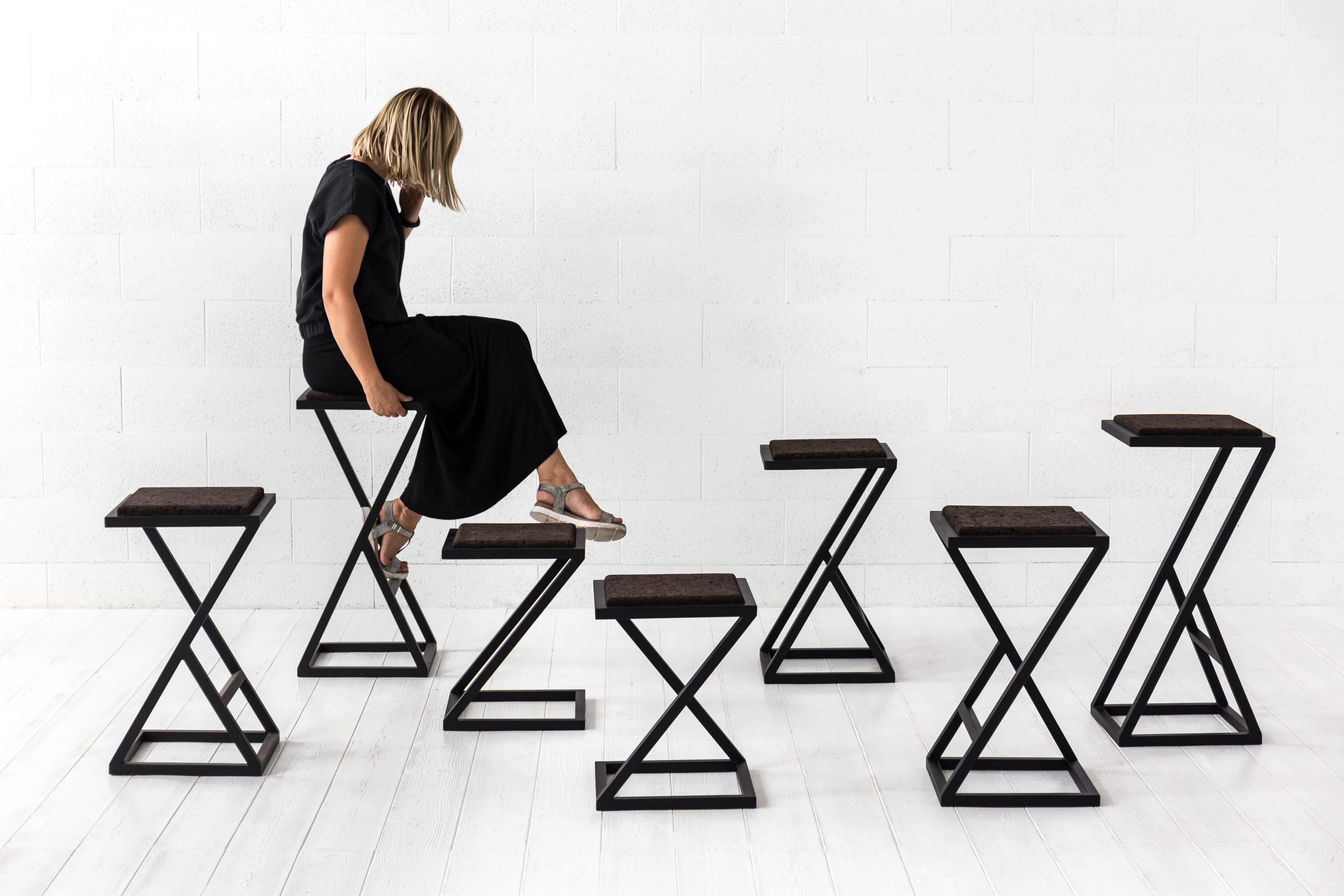 X baro kėdė