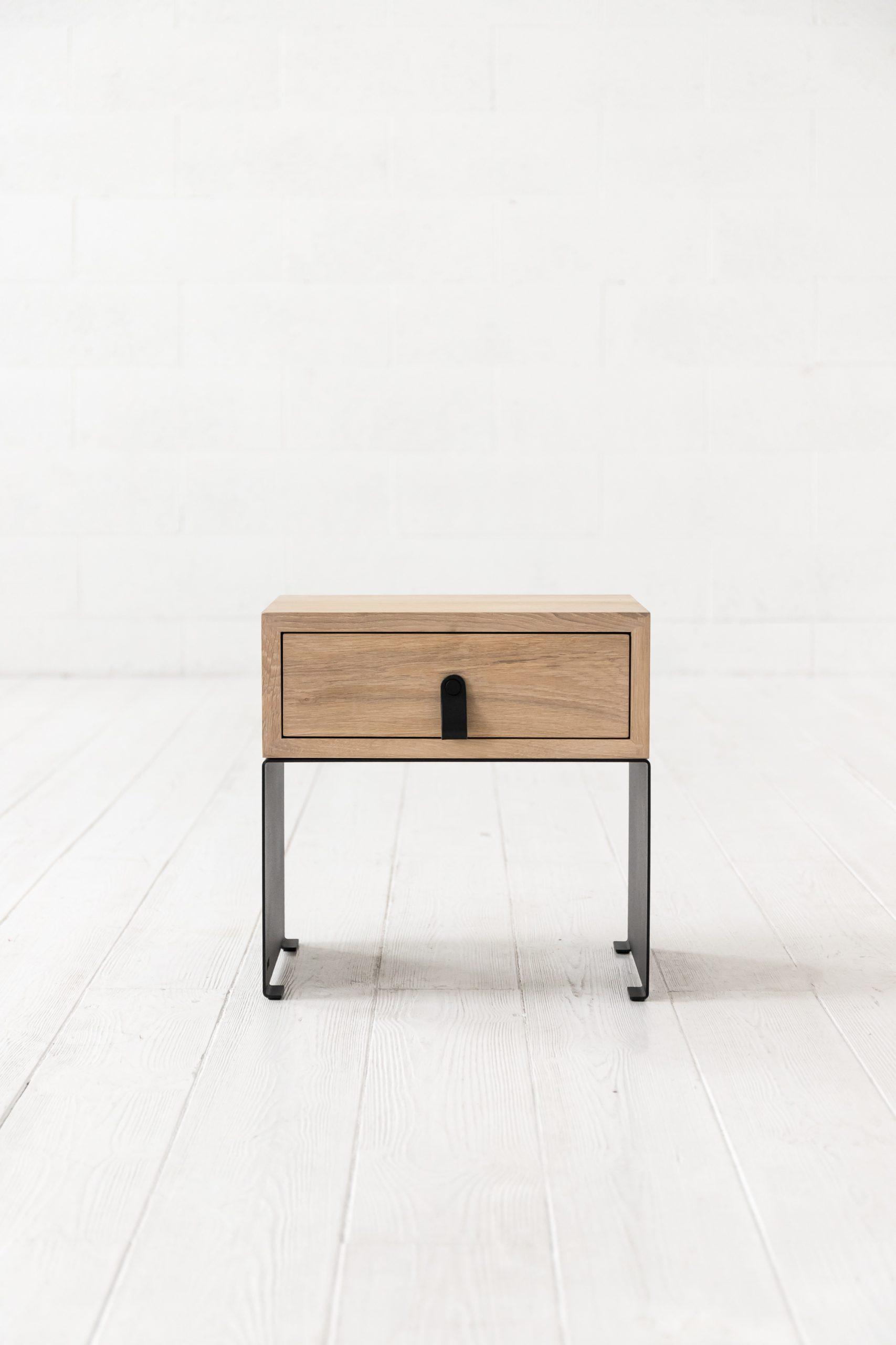 SILENT lovos staliukas