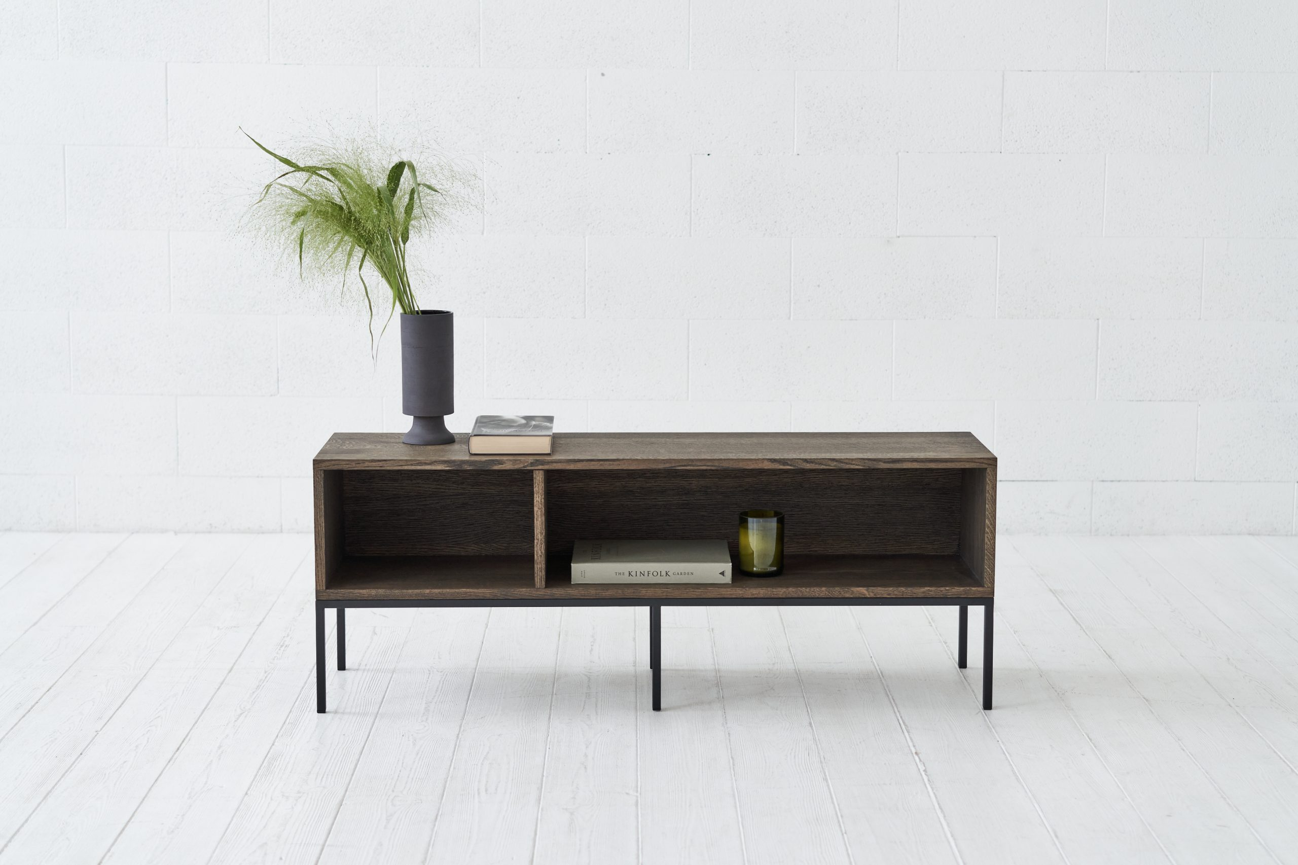 DEEP lentyna-TV staliukas